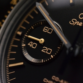 OM20456S_Omega_Speedmaster_Dark_Side_of_the_Moon_Vintage_Black_Close19.JPG