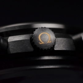 OM20456S_Omega_Speedmaster_Dark_Side_of_the_Moon_Vintage_Black_Close21.JPG