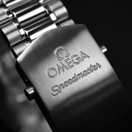OM20465S Omega Speedmaster Reduced Close4