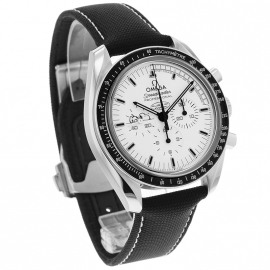 OM20796S_Omega_Speedmaster_Apollo_13_Snoopy_Edition_Dial.jpg