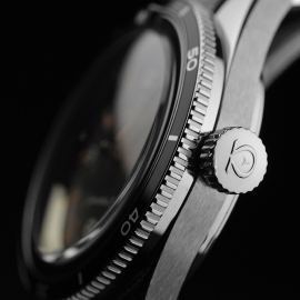 OM21091S Omega Seamaster 60th Anniversary 300 Co-Axial Master Close3