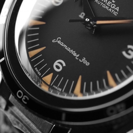 OM21091S Omega Seamaster 60th Anniversary 300 Co-Axial Master Close5
