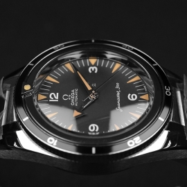 OM21091S Omega Seamaster 60th Anniversary 300 Co-Axial Master Close8