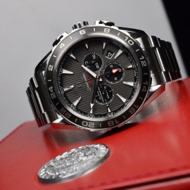 OM21151S_Omega_Seamaster_Aqua_Terra_Co_Axial_GMT_Chronograph_Close10.JPG