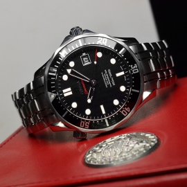 OM21212S Omega Seamaster Professional Co Axial Close10