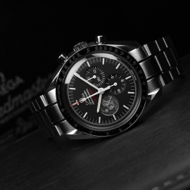 OM21297S_Omega_Speedmaster_Professional_Moonwatch_Apollo_11_40th_Anniversary_Limited_Edition_Close10.JPG