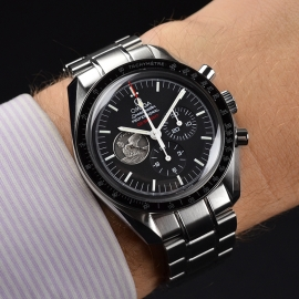 OM21297S_Omega_Speedmaster_Professional_Moonwatch_Apollo_11_40th_Anniversary_Limited_Edition_Wrist.JPG
