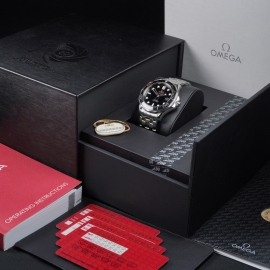 OM21517S Omega Seamaster Professional James Bond 007 50th Anniversary Collectors Edition Box