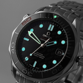 OM21517S Omega Seamaster Professional James Bond 007 50th Anniversary Collectors Edition Close1