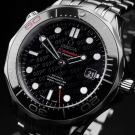 OM21517S Omega Seamaster Professional James Bond 007 50th Anniversary Collectors Edition Close2