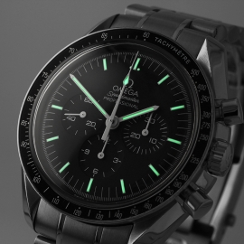 OM21531S Omega Speedmaster Professional Moonwatch (Special Presentation Case) Close1