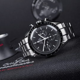 OM21531S Omega Speedmaster Professional Moonwatch (Special Presentation Case) Close10