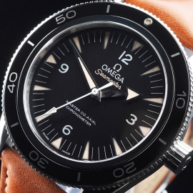 OM21657S Omega Seamaster 300 Master Co-Axial Close2