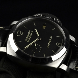 PA20205S-Panerai-Luminor-Marina-1950-3-Days-42mm-Close10