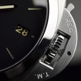 PA20205S-Panerai-Luminor-Marina-1950-3-Days-42mm-Close6