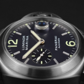 PA21228S Panerai Luminor Marina Close3