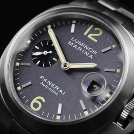 PA21228S Panerai Luminor Marina Close9 1