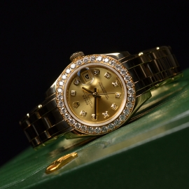 RO1860P_Rolex_Ladies_Pearlmaster_Close11.JPG