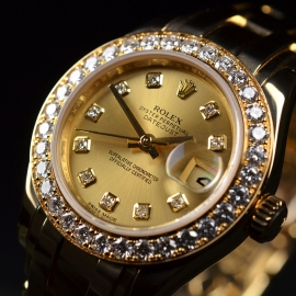 RO1860P_Rolex_Ladies_Pearlmaster_Close2.JPG