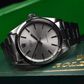 RO20875S_Rolex_Vintage_Oyster_Close10.JPG