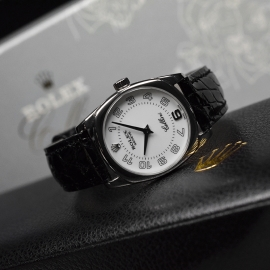RO20895S_Rolex_Ladies_Cellini_Quartz_Close11.JPG