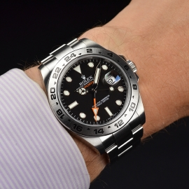 RO20976S Rolex Explorer II Orange Hand Wrist