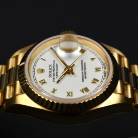 RO21030S_Rolex_Ladies_Datejust_18ct_Close8.JPG