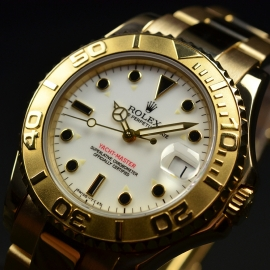 RO21031S_Rolex_Yachtmaster_Mid_Size_18ct_Close2.JPG