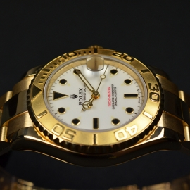 RO21031S_Rolex_Yachtmaster_Mid_Size_18ct_Close9.JPG