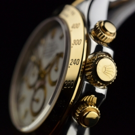 RO21069S_Rolex_Daytona_Close3.JPG