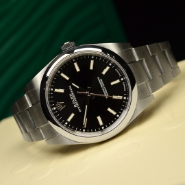 RO21080S_Rolex_Oyster_Perpetual_Close10.JPG