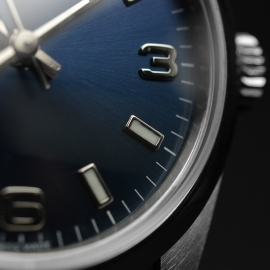 RO21130S_Rolex_Oyster_Midsize_Perpetual_Close8.JPG