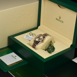 RO21136S_Rolex_Ladies_Datejust_Box.JPG