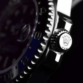 Rolex_GMT_Master_II_Close2_2.jpg