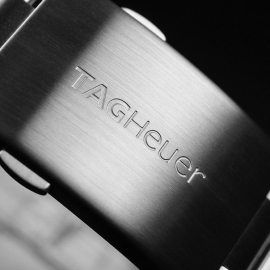 TA21063S_Tag_Heuer_Formula_1_Chronograph_Close4.JPG