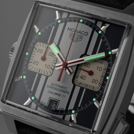 Tag Heuer Monaco Calibre 11 Steve McQueen Limited Production Close1