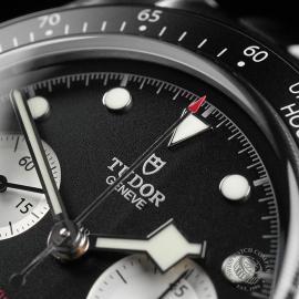 TU22343S Tudor Black Bay Chronograph Unworn Close3