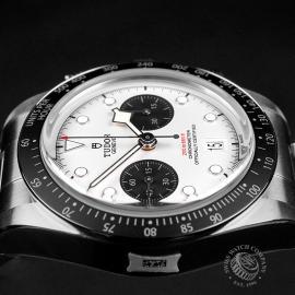 TU22354S Tudor Black Bay Chronograph Unworn Close6