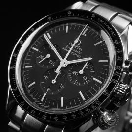 OM22683S  Omega Speedmaster Moonwatch Close3