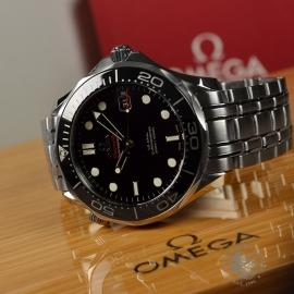 OM20964S_Omega_Seamaster_Professional_Co_Axial_300m_Close10.JPG