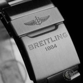 BR22441S Breitling Superocean II 44 Close8
