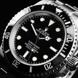 RO21836S Rolex Submariner Non Date Ceramic Close2