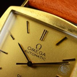 OM18522S Omega Vintage De Ville Automatic 18ct Close4