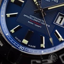 BR20731S_Breitling_Galactic_41_Close5_1.JPG