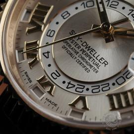 RO22332S Rolex Sky-Dweller 18ct Unworn Close4