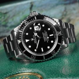 RO22642S Rolex Submariner Date Close10