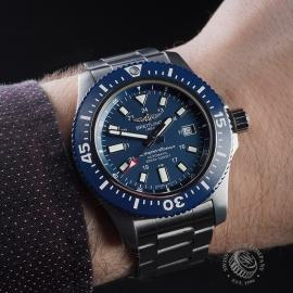BR21635S Breitling SuperOcean 44 Special Wrist
