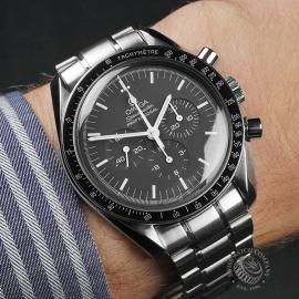 OM22683S  Omega Speedmaster Moonwatch Wrist