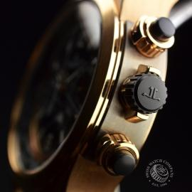 JA19879S_Jaeger_LeCoultre_Master_Compressor_Extreme_World_Chrono_Close3.JPG