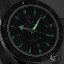 OM20743S_Omega_Seamaster_300_Master_Co_Axial_Close1_1.jpg